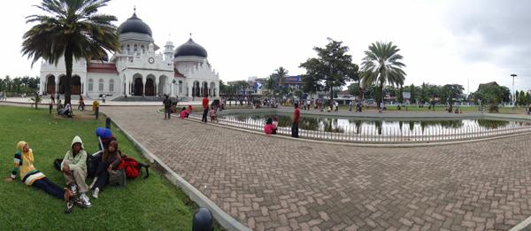 Perpisahan di Masjid Raya Baitturahman