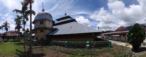 sisi lain-Masjid Keramat Pulau Tengah