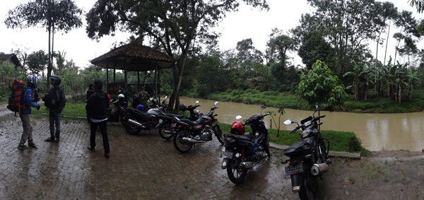 sampai di Pekon Sukajaya, Tepi Sungai Way Besai