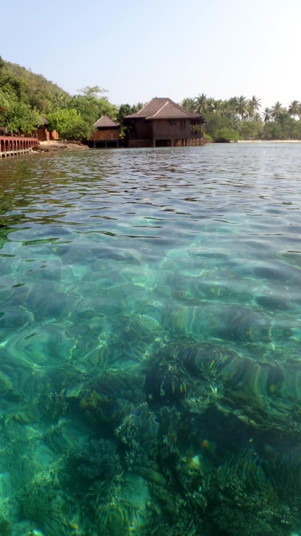 Menerawang Pulau Pahawang