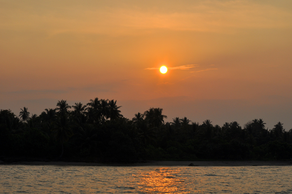 sunset di Pulau Sebesi