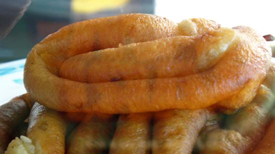panganan kecil- kue perut ayam khas Kupang