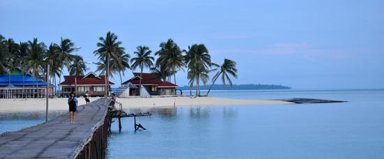 Pagi di Pulau Derawan