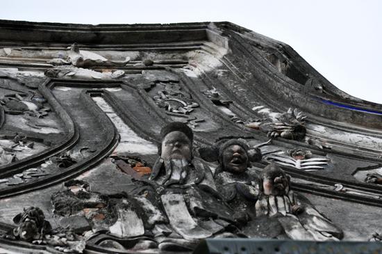 Relief dewa perang Kwang Kong