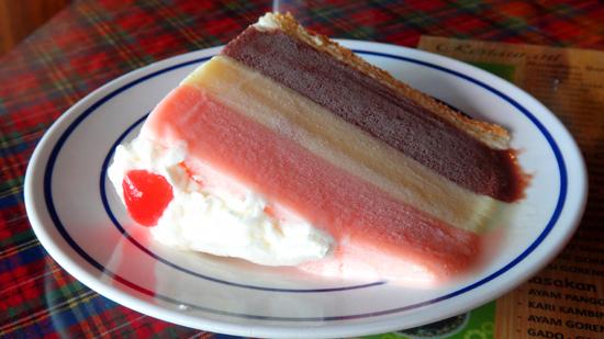 ice cream cake tiga lapis