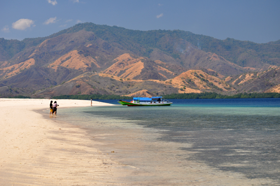 Pulau Rutong- Taman Laut 17 Riung