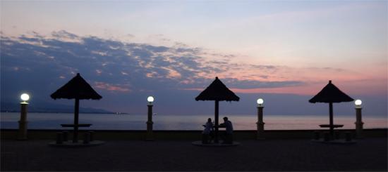 Pantai di depan Bukit Tanjung Fatucama