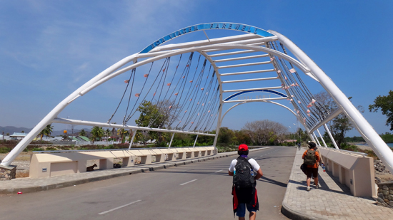jembatan perbatasan Indonesia-Timor Leste
