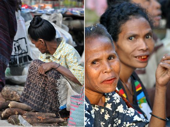 pedagang singkong (kiri) ; mama Liana dan saudarinya (kanan)
