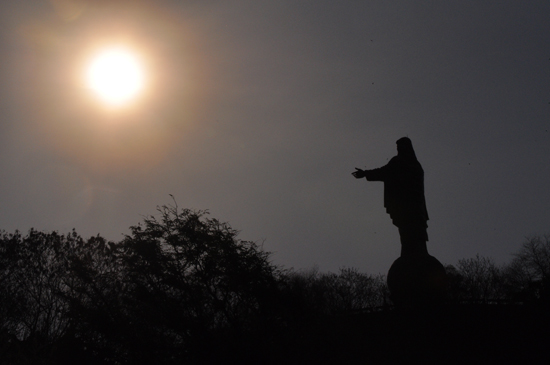 Cristo Rei terbesar kedua setelah Christ The Redeemer, Brazil