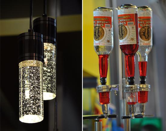 ornamen lampu (kiri) - botol sirup (kanan)