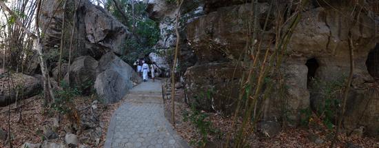 jalan menuju Goa