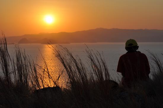 sunrise di Pulau Kanawa