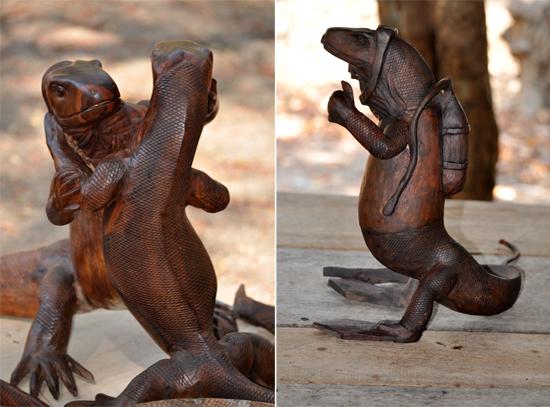 souvenir - patung komodo kayu
