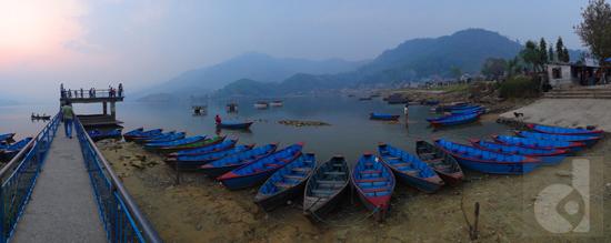 Fake Perspective | Seti River , Pokhara | SONY DSC-TX10
