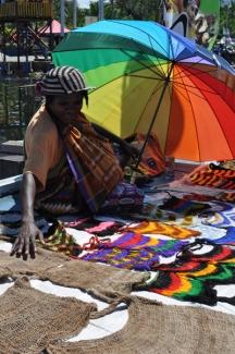 pedagang di festival Danau Sentani