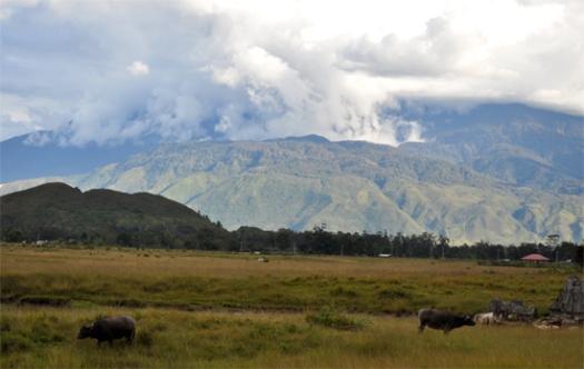alam indah - perjalanan menuju desa Yiwika Distrik Kurulu
