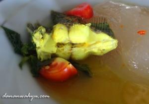 ikan kuah kuning dan papeda
