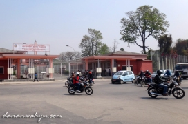 simpang Prihvi dan Durbar Mar depan Musemum Nasional Narayanhiti