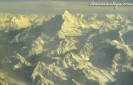 melihat gunung Everest dari dekat