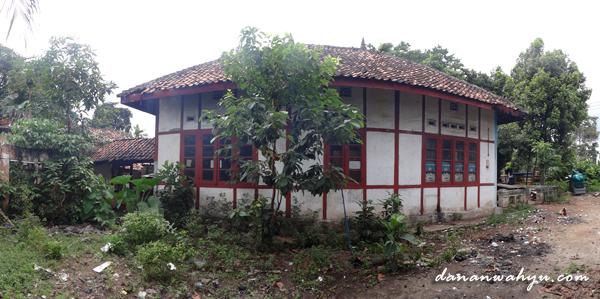 samping kanan rumah daswati
