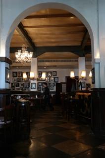 lantai satu Cafe Batavia - dekat kasir