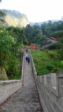 tangga curam
