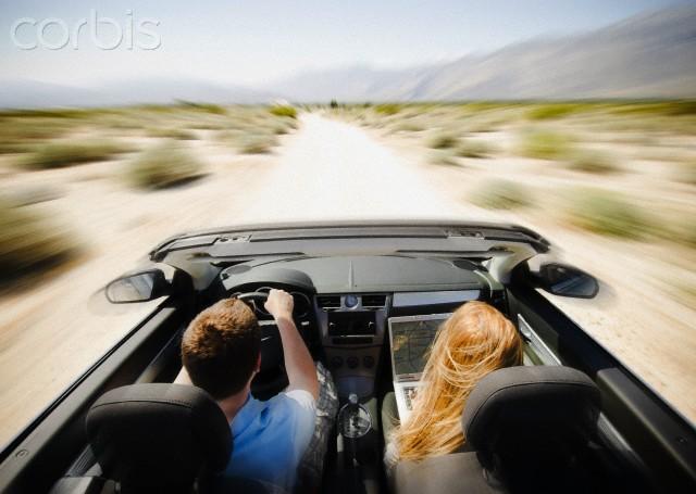Figure 6. Tetap produktif di perjalanan | Corbis.com