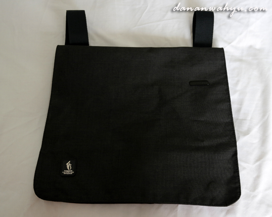 LEXON POSTMAN BAG