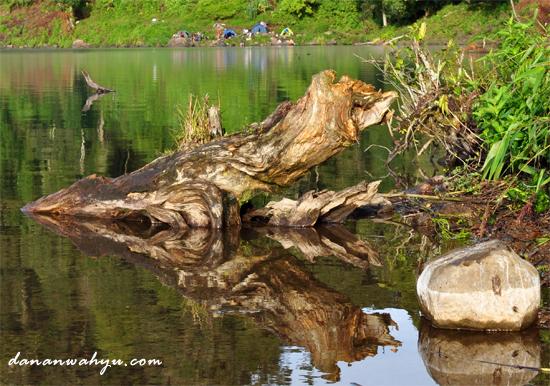 danau gunung tujuh selalu dirindukan pendaki
