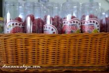jelly gula-gula stroberi