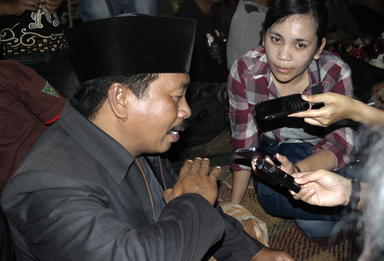 Pak Merto - Pemimpin Wayang Topeng Rukun Perawas