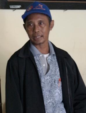 Tadjul Arifien R - Sejarahwan asal Sumenep yang memandu menjelajah keraton