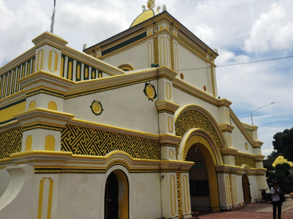 pintu gerbang Masjid Jamik Sumenep sarat simbol dan filosofi