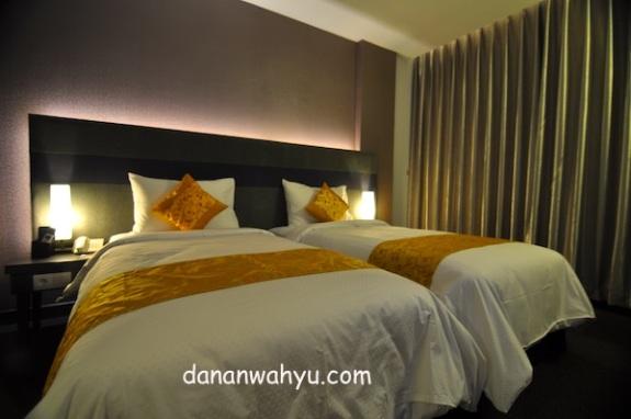 kamar bernuansa minimalis dan nyaman