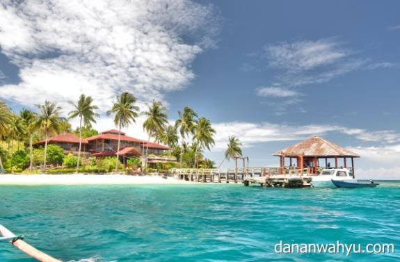 Sikuai - Pulau yang direkomendasi buku Lonely Planet : Indonesia