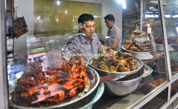 Kenapa Kita Suka Makanan Padang?