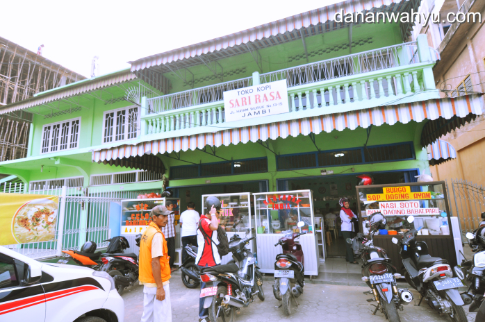 toko Sari Rasa di kawasan Jelutung kota Jambi