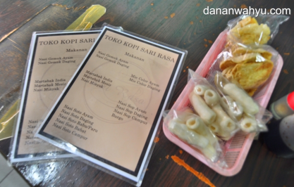mengintip menu makanan Sari Rasa