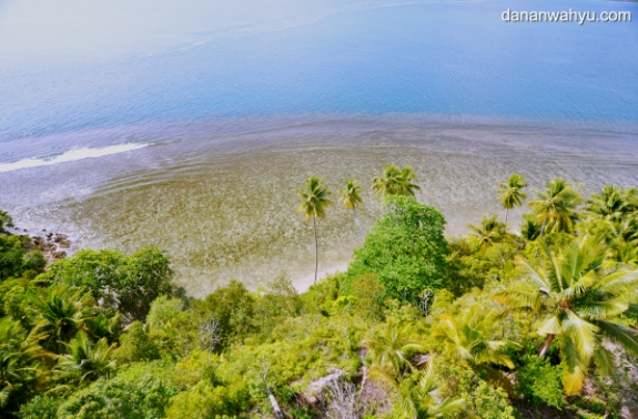 melihat samudra Hindia dari mercusuar