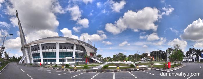 Gedung Olahraga Gelanggang Remaja Pekanbaru | SONY DSC-TX10