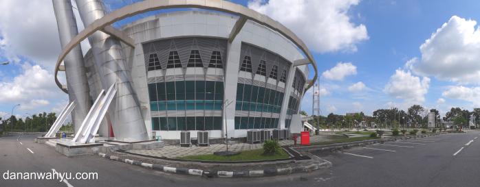 mengabadikan keindahan arsitektur dengan fitur panorama   SONY DSC-TX10