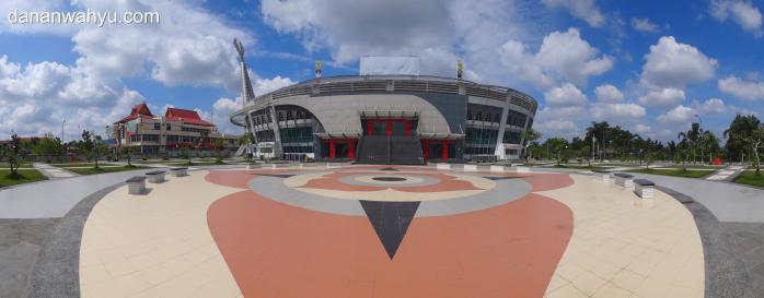 Gedung Olahraga Gelanggang Remaja di Jalan Jendral Sudirman | SONY DSC-TC10Sudirman
