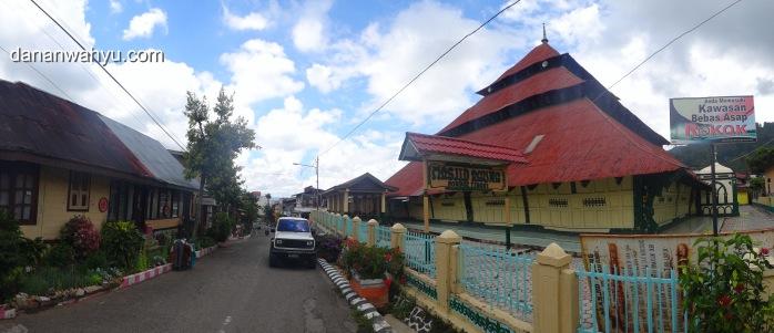Masjid Tua Pondok Tinggi Sungai Penuh