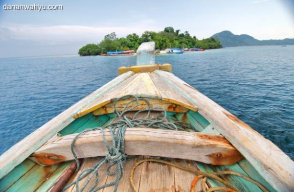 menuju pulau Kelagian Lunik