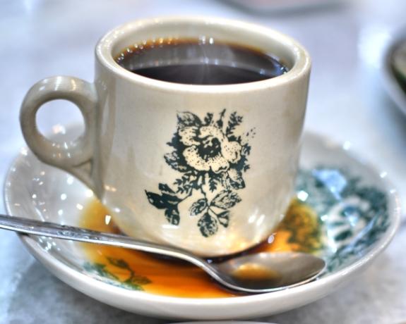 secangkir kopi Kimteng