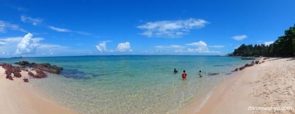 pantai Mirota di pulau Galang