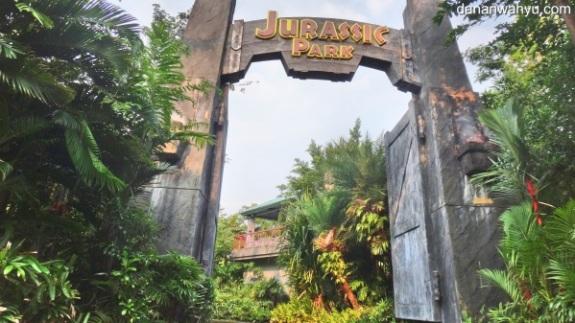 Selamat datang di Jurrasic Park