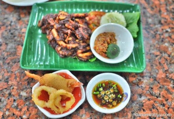 menu lain di resto Sup Ikan Yong Kee