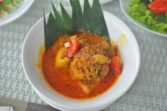 Ayam Bumbu Kari
